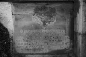 Placă funerară